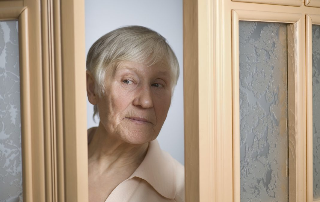 4 Warning Signs Your Elderly Relative May Be the Victim of Financial Abuse